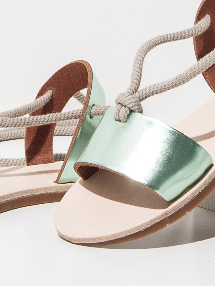 Zuzii footwear