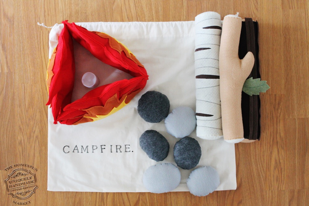 The Homespun Market campfire play set